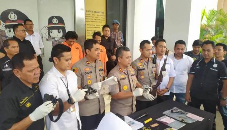 Pakai Senpi untuk Transaksi, Bandar Narkoba Dibekuk Polisi