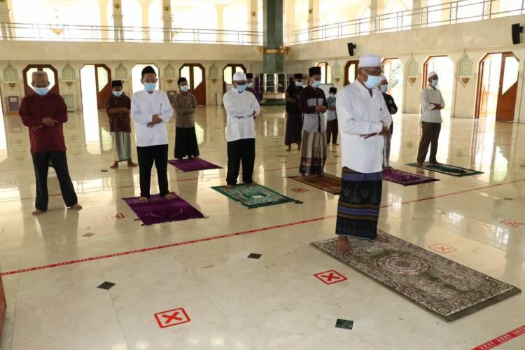 Warga Kab Tangerang Besok Bisa Jumatan Lagi, Pemkab Ingatkan Terapkan Protokol Kesehatan