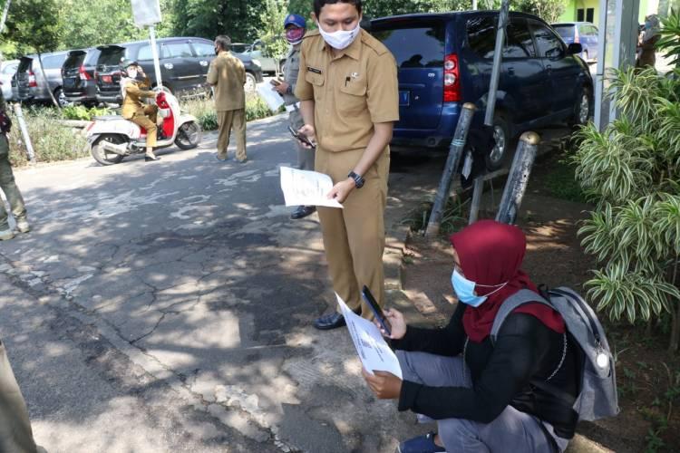 Sekda Bubarkan Pelaku UMKM Antri Bantuan, Pemkab Tangerang Siapkan Aplikasi Pendaftaran Secara Online BPUM