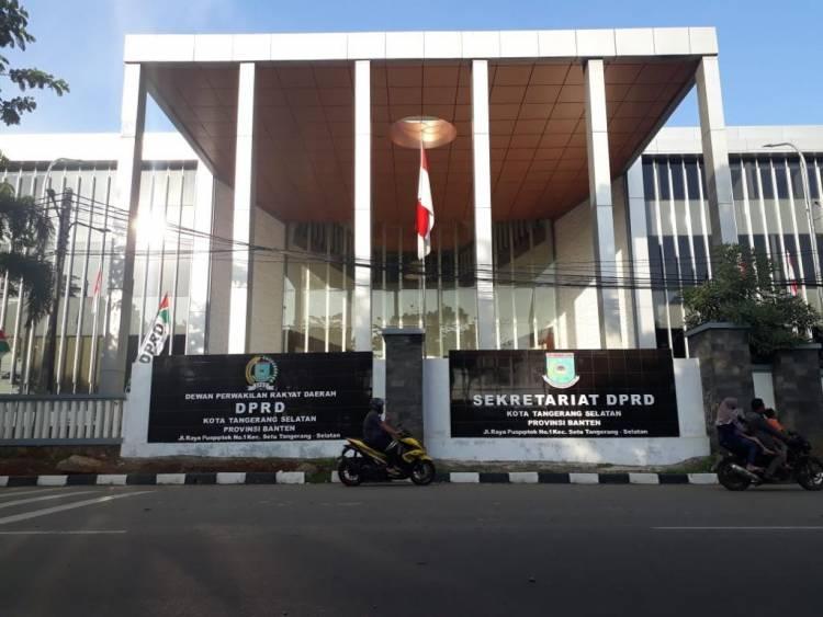 Pimpinan DPRD Tangsel Diduga Main Proyek Pengadaan Percetakan, Mustofa : Nggak Ada!