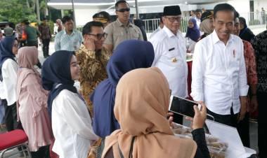 Didepan Jokowi, WH Sebut Produk UMKM Banten Bagus