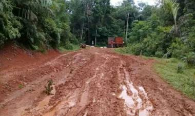 Banten Dapat Penghargaan Pencegahan Korupsi, Lebak Juara Jalan Rusak