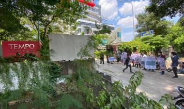 Sambangi Tempo, Aktivis GNR Minta Penjelasan Soal Dugaan Plesiran Oknum Petinggi Media