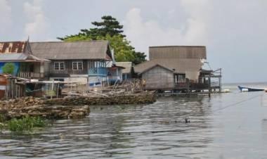Nelayan Pesisir Tuntut Bongkar Ulang Draft Raperda RZWP3K Banten