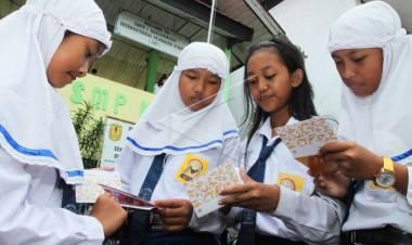 Budayakan Menabung Sejak Dini, Pelajar di Tangerang Diimbau Punya Rekening