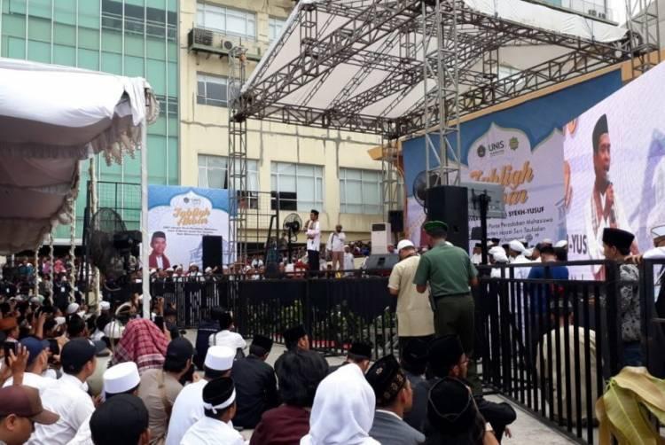 Begini Pesan Ustadz Abdul Somad Kepada Mahasiswa UNIS Tangerang