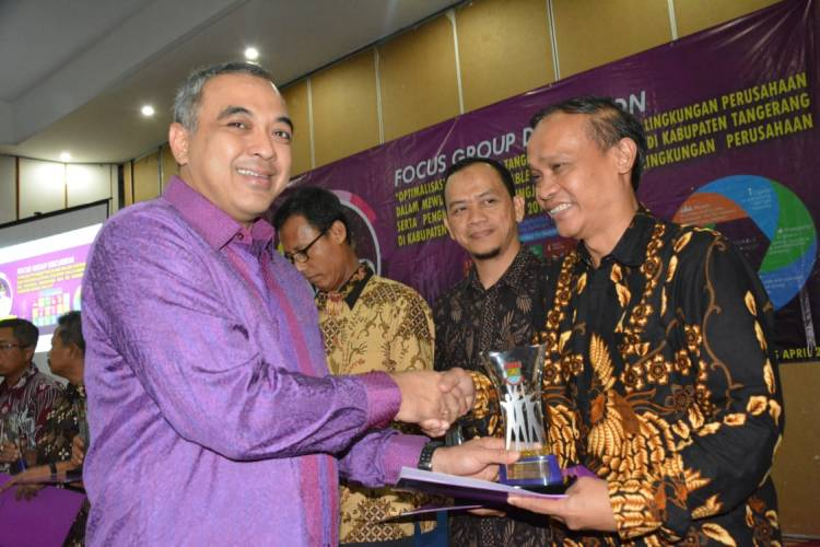 Dorong Tanggung Jawab Sosial Pelaku Usaha, Pemkab Beri Penghargaan CSR