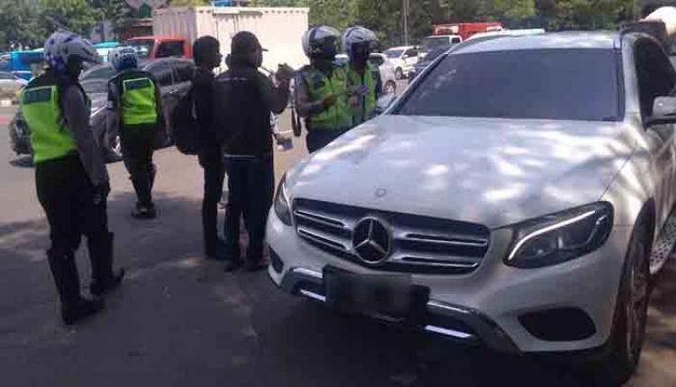 Penunggak Pajak Mobil Mewah Terbanyak di Jakarta Utara, Anies Sebar Anak Buah untuk Razia