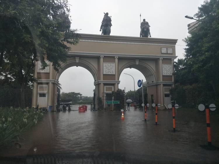 Perumahan Mewah Green Lake City Kota Tangerang Kebanjiran
