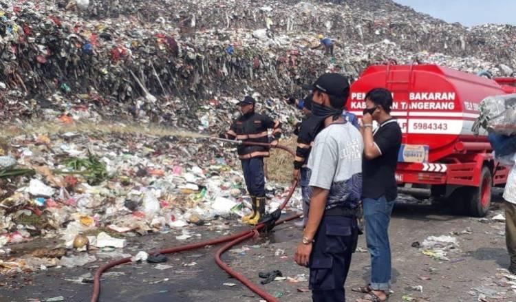 Waduh! Sampah Tangsel Ditolak Warga Mauk dan DPRD Kabupaten Tangerang