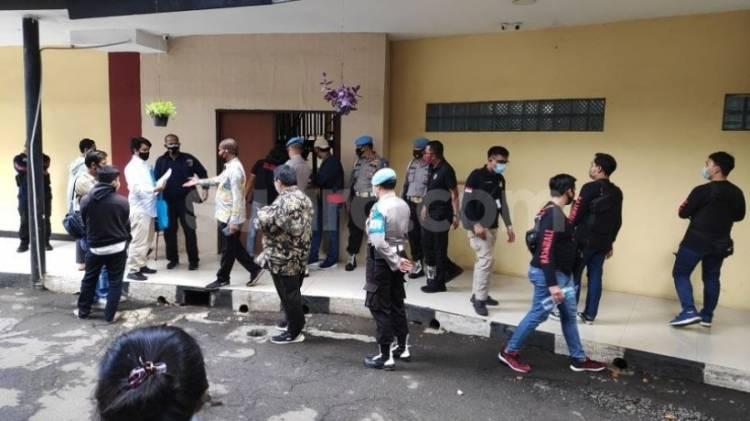 Berniat Menjemput Jenazah, Keluarga Enam Laskar FPI Malah 'Diusir' Dari RS Polri