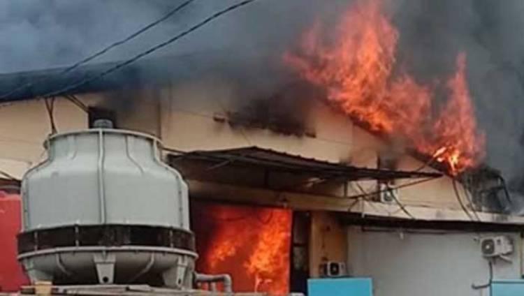 Ini Dugaan Penyebab Kebakaran di Pergudangan Dadap