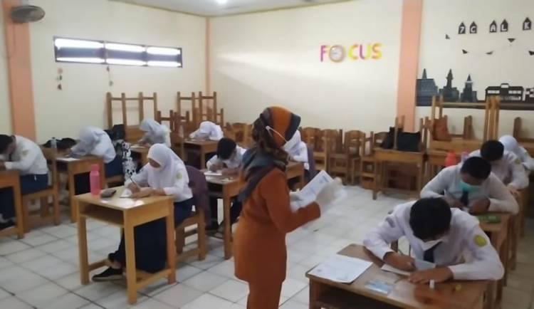 UN dan UAS Jadi Ajang Simulasi Sekolah Tatap Muka