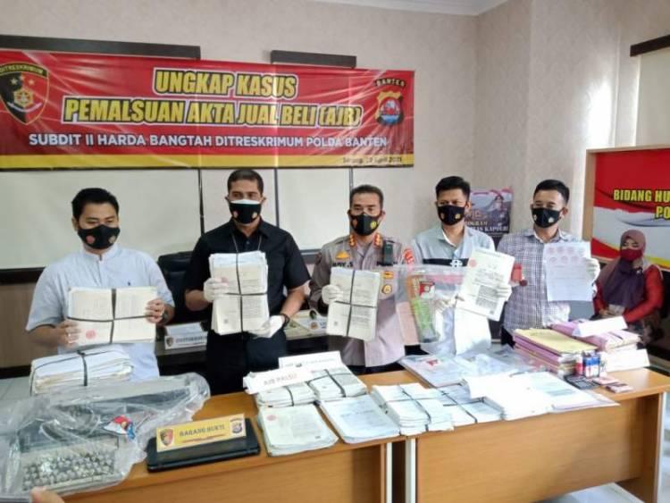 Palsukan Surat AkteJual Beli, Petugas Honorer di Pabuaran Terancam 8 Tahun Bui