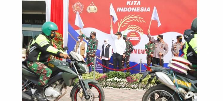 458 Ton Beras dan Ribuan Paket Sembako Siap Dibagikan : Panglima TNI, Kapolri, dan Kepala BNPB Lepas Pengantar Bantuan
