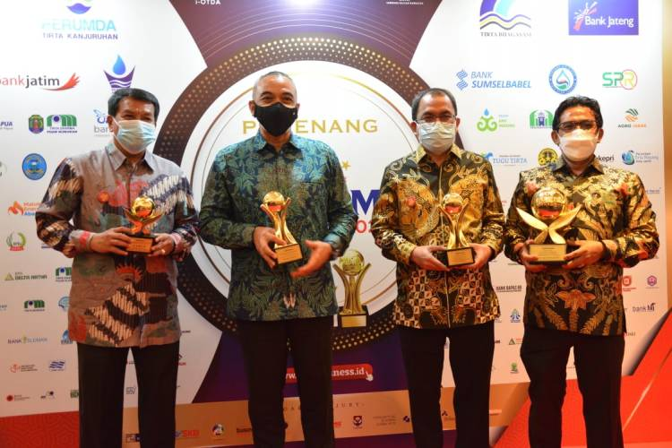 WOW! Pemkab Tangerang Borong Semua Penghargaan Top BUMD Award 2021